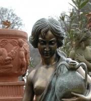Ampolle Bronze Akt Skulptur Figur Statue Gartenfigur Gartenträume Gartengestaltung Landlust Bronzefigur lebensgroß
