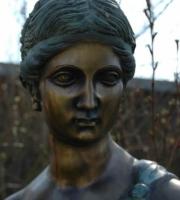 Hebe von Bertel Thorvalsen - Skulptur