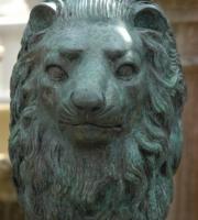 Bronze - Löwe -  sitzend - Höhe