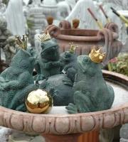 Bronze -  Frosch - Froschkönig - Höhe 20 cm - Preis: 250 €