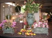 pflanzvase pflanztrog Bronzevase Bronzetrog Blumen Kräuter Eisenvase Pflanzen Bronze Skulptur Figur Gartenträume
