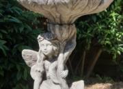 """Brunnen """"HIMMELSBOTE"""", Steinguss - Höhe ca.98 cm"""
