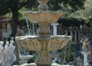 Steinbrunnen  Ulrich Garten