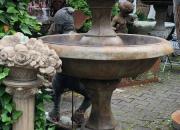 Barrington zweistufiger Brunnen, Höhe ca. 137cm, Durchmesser ca. 89cm