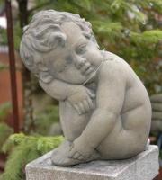 Baby-englischer-Antiksteinguss-Steinfigur-ULRICH-GARTEN-Schwäbisch-Gmünd