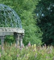 Garten Pavillon mit Eisenkuppel