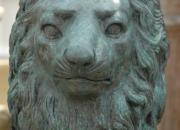 Bronze Löwe